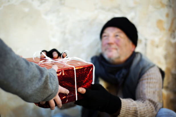 Holiday-Gift-Ideas-for-Seniors